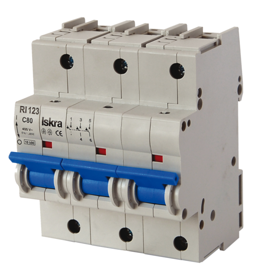 Miniature Circuit Breakers RI 120 <em>© Miniature Circuit Breakers RI 120</em>